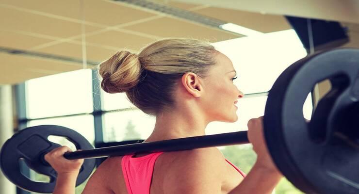 Фото к статье: Как уложить волосы, отправляясь на тренировку