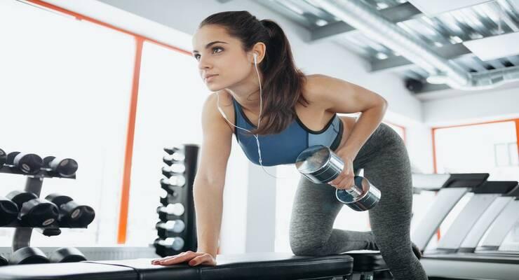 Фото к статье: Можно ли одновременно худеть и набирать мышечную массу?
