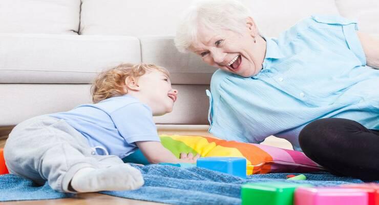 Фото к статье: Воспитание мальчика: почему не стоит доверять его няне