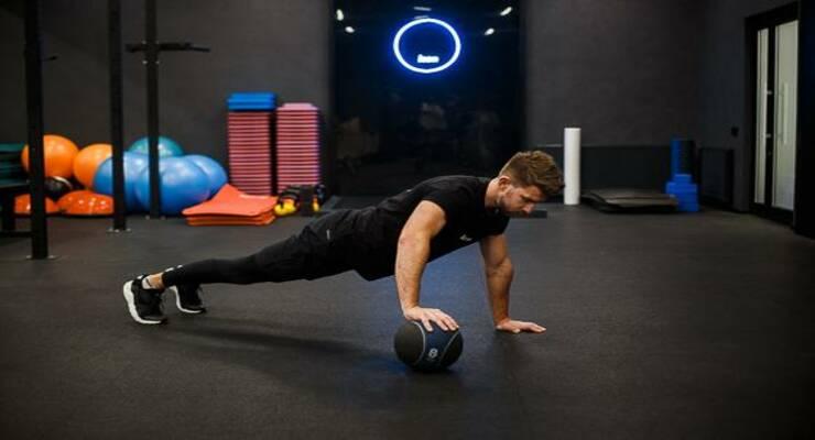 Фото к статье: 7 упражнений, которые сжигают 200 калорий после тренировки