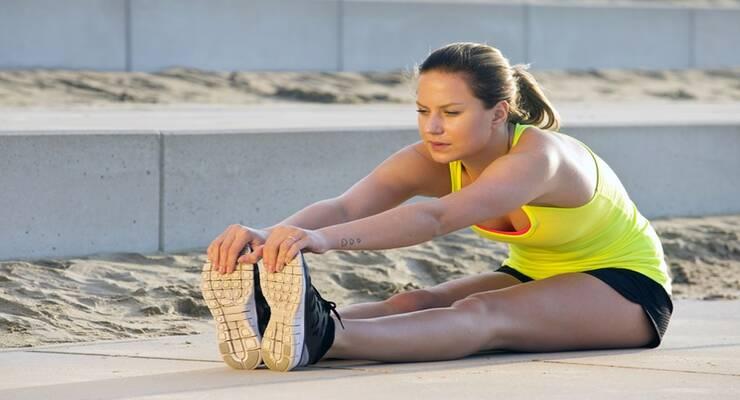 Фото к статье: 5 простых упражнений для задней поверхности бедра